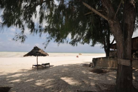 Zawadi Beach Vilas - Matemwestranden