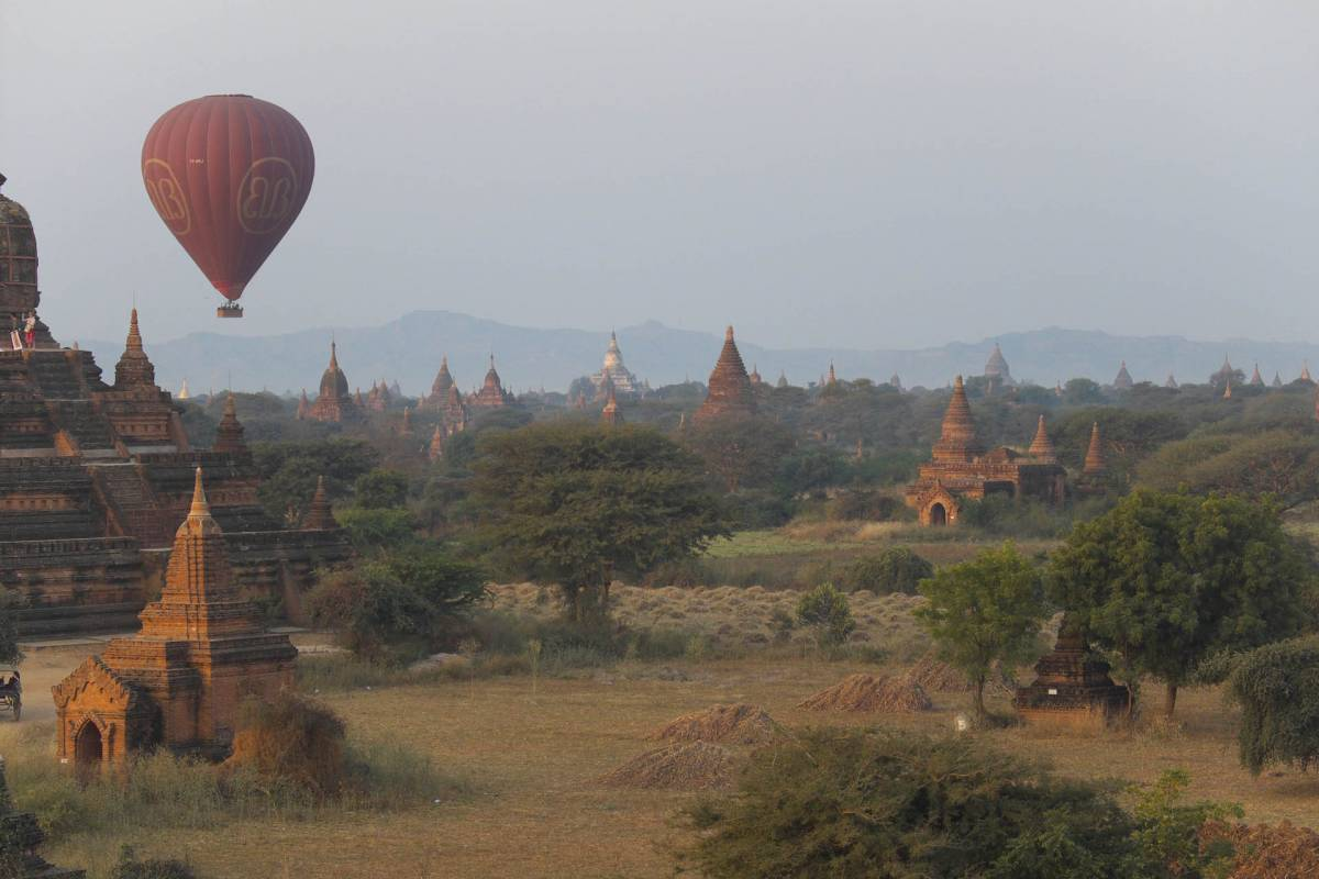 Absolutte højdepunkt var Ballon turen over Bagan