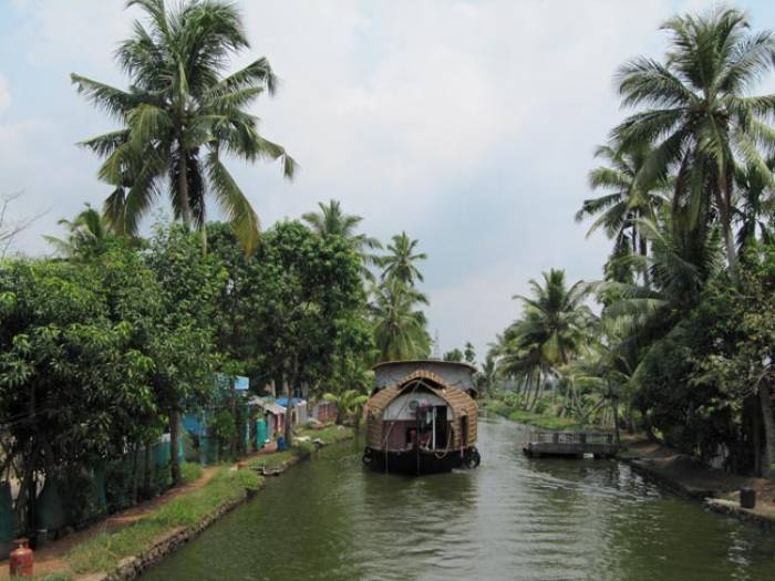kerala-sydindien-backwaters-flodsejlads