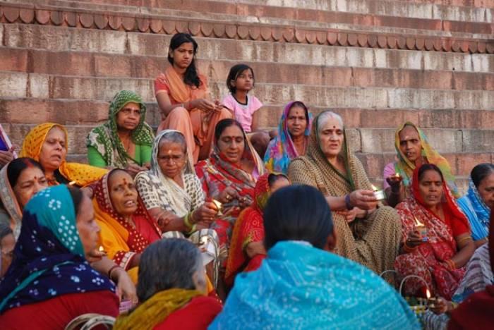 kvinder-indiske-Varanasi