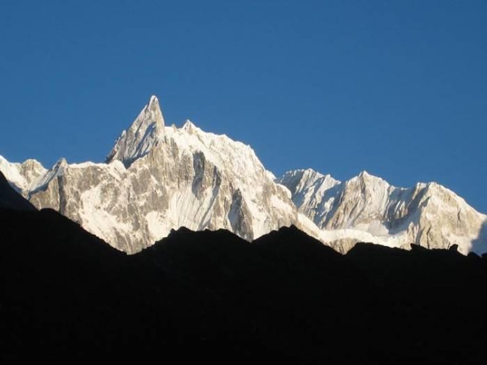 Manaslu-trek-with-Bhimtang