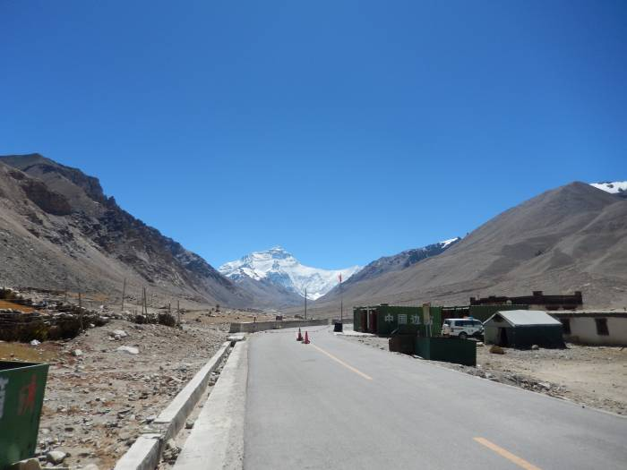 Everest Base Camp Nord. Lamna passet til Tingri