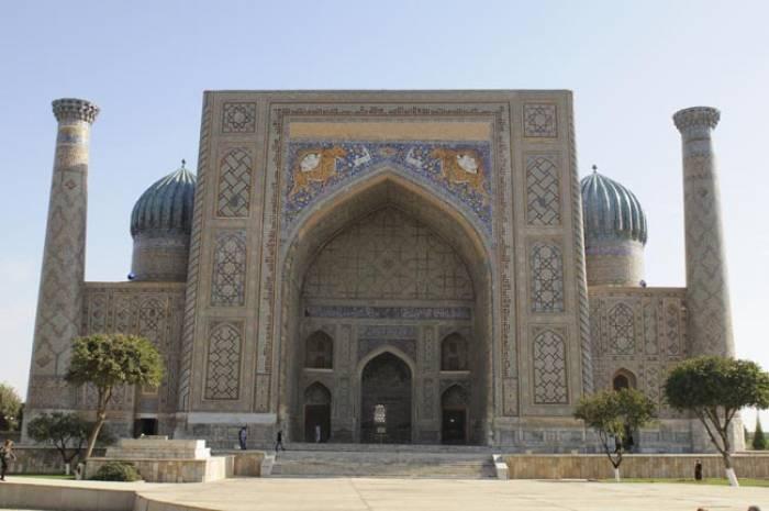 Samarkand-Sher-Dor-Madrasah