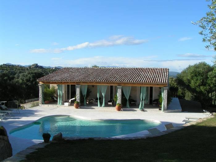 Italien-Lu-Pastruccialeddu-Pool