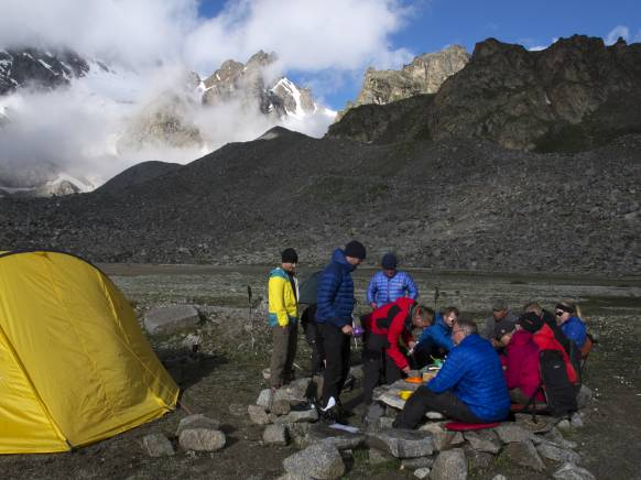 Trekking-Elbrus