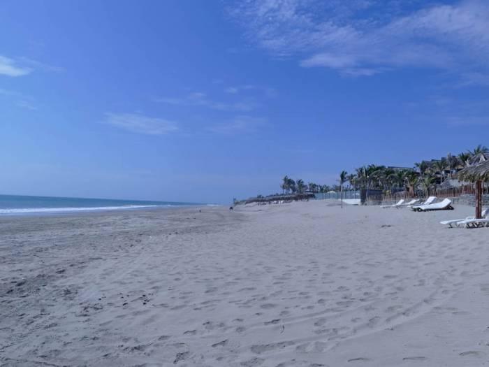 Strand Peru
