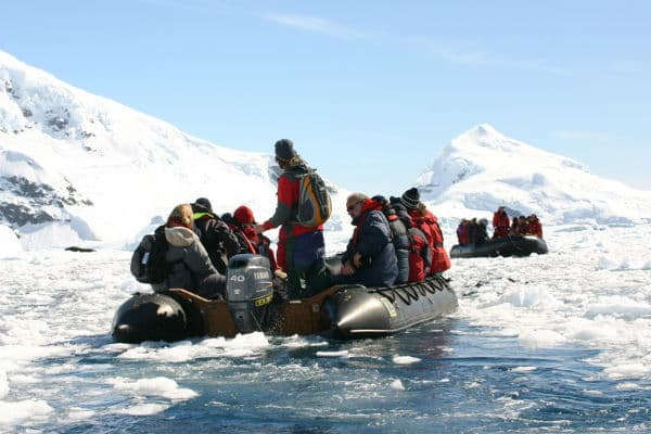Sejl i Zodiac omkring Antarktis