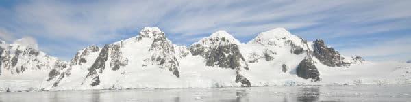 Du har en smuk udsigt når du rejser til Antarktis med skib