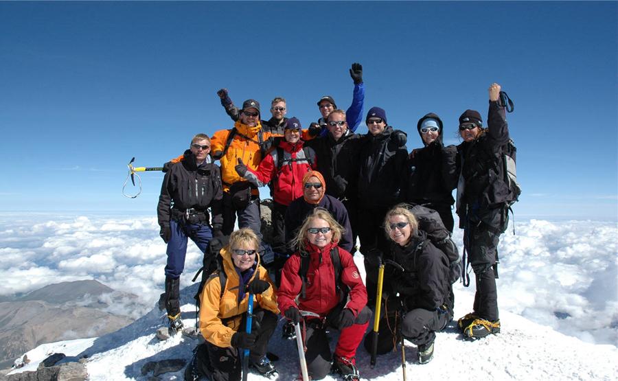 På toppen af Mount Elbrus med Kipling