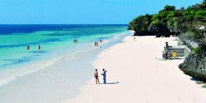 Stranden i Kenya er velbesøgt