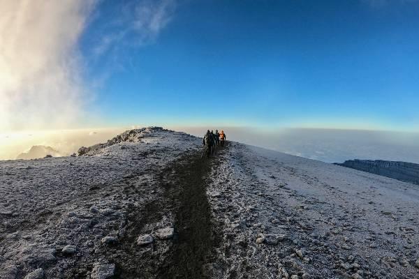 Bestig Kilimanjaro via Machame ruten