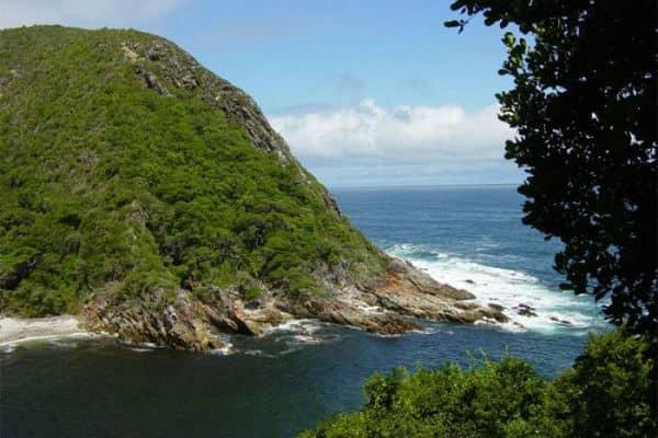 BesøgTsitsikamma Nationalpark ved Garden Route på din rejse til Sydafrika