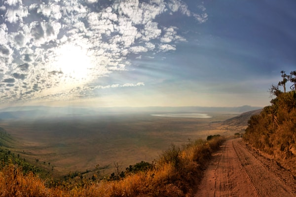 Når du rejser til Tanzania, skal du glæde dig til at nyde udsigten ud over Ngorongoro Krateret