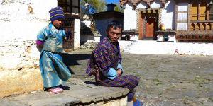 Børn på gaden i Bhutan