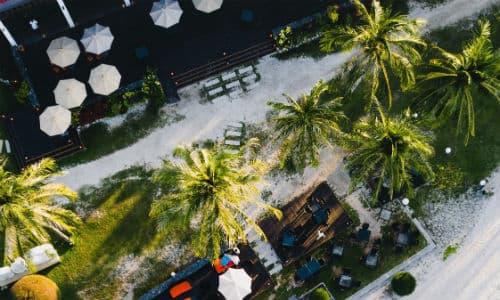 På Borneo rejser kan du besøge lækre malaysiske strande