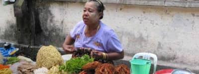 Besøg Mandalay Basar i Myanmar