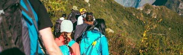Tag på en rejse med trekking i Myanmar