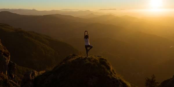 Kombiner yoga og trekking i Nepal