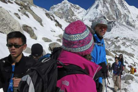 højsæsonen for rejser til Nepal varer fra midt september til slut december
