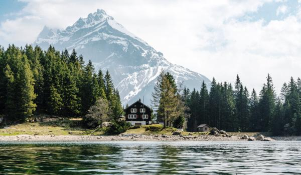 Oplev Mattertal Dalen i Schweiz