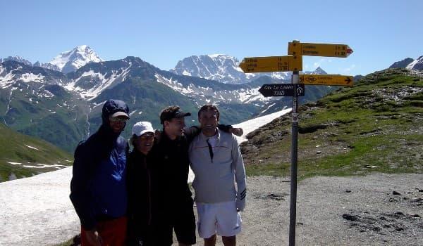 Tag på vandring i Schweiz rundt om Mont Blanc