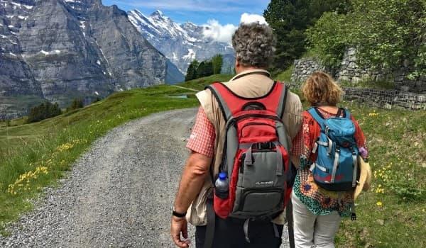 Tag på vandring i Schweiz af Via Alpina ruten