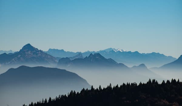Find rejse med vandring i Alperne i Frankrig