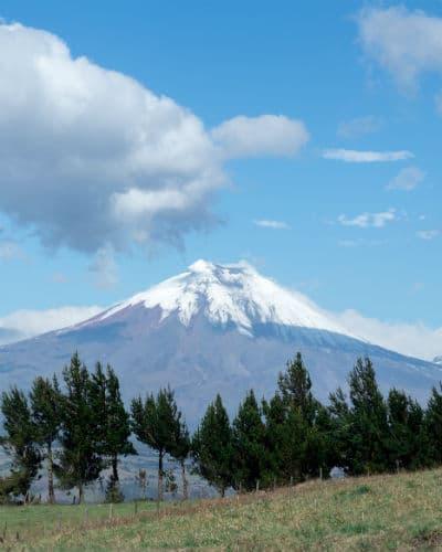 Se de smukke bjerge i horisonten, når du rejser til Ecuador
